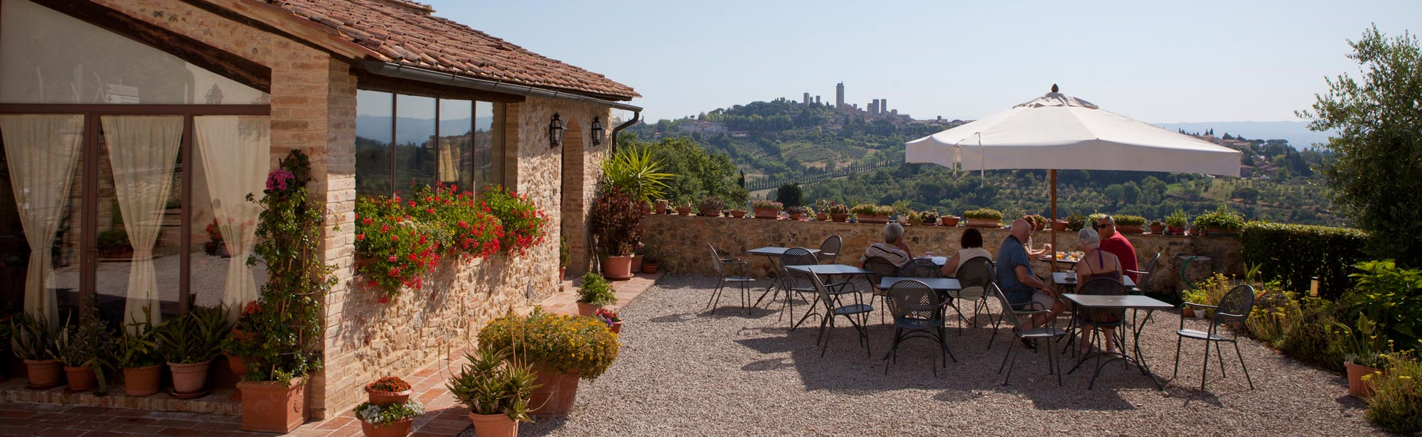 Bed and Breakfast San Gimignano Tuscany, with swimming pool, panoramic view